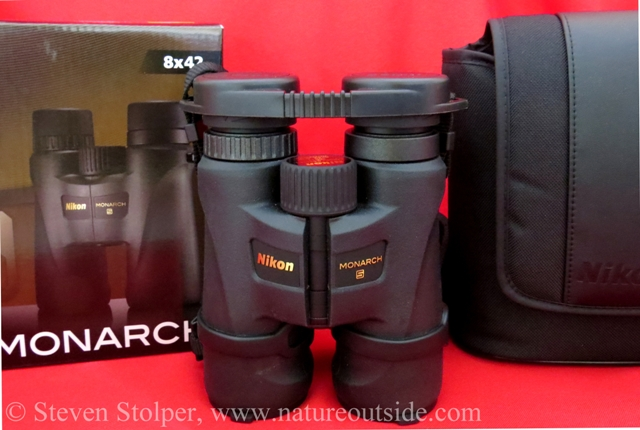 Nikon Monarch 5 8x42 binoculars with box and case